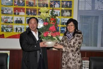 区委书记、区人大常委会主任毕荣青到我公司走访慰问